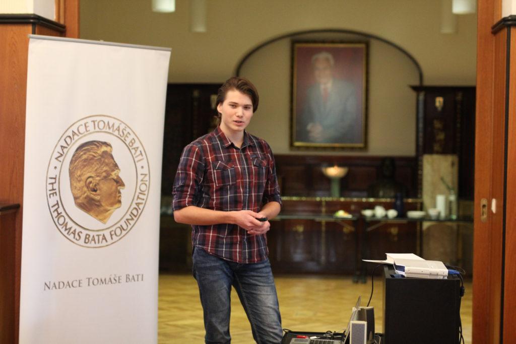 Vítěz regionálního finále ve Zlíně Rostislav Gajzler při své prezentaci