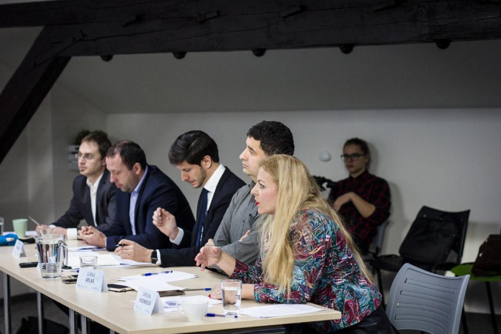 Porotci republikového finále Soutěž a Podnikej během prezentací
